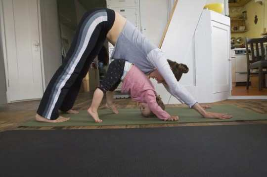 Easy Yoga Poses For Mommy And The Kid Wetellyouhow