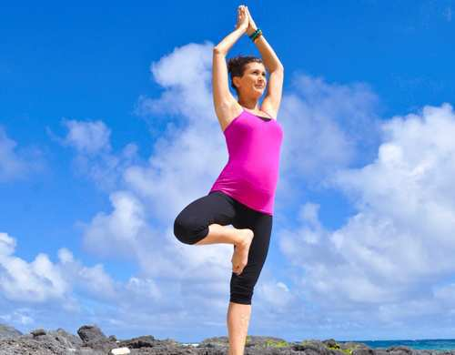 woman-vrikshasana-yoga