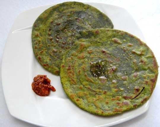 Palak Lachcha Paratha