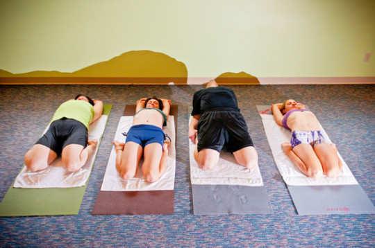 supta-vajrasana-yoga