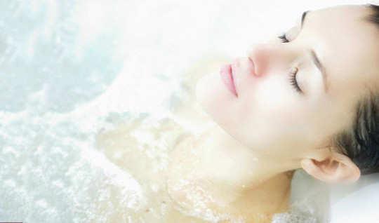 baking-soda-for-beauty-bath
