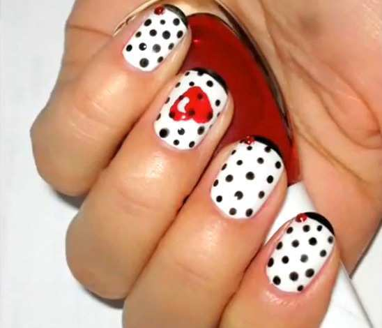 black-and-white-polka-nails-with-heart