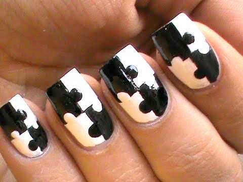 black-and-white-puzzle-nail-art