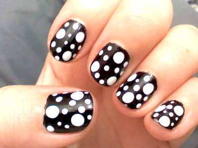 black-and-white-uneven-polka-nails