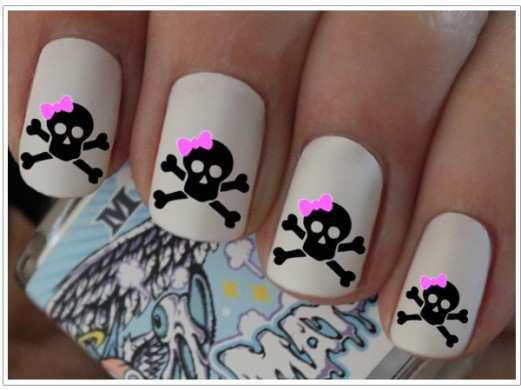 halloween-funny-nail-art