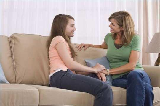 mother-talking-her-daughter