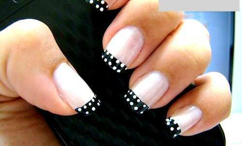polka-dots-black-and-white-nail-art