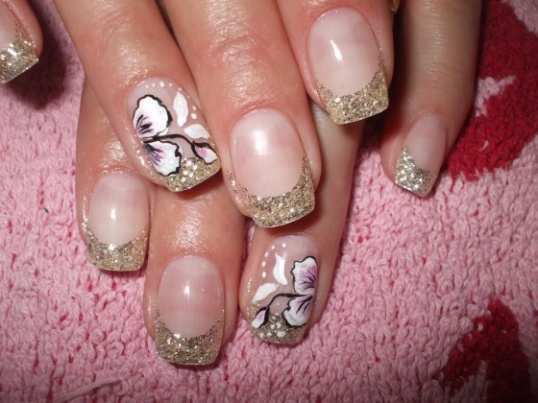 shimmery-french-nail-art