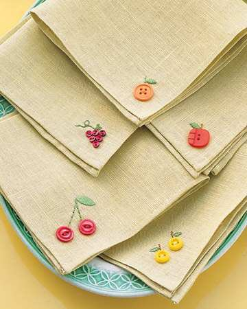 Fruity-Button-Embroidery-Napkins