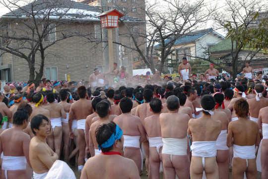Hadaka-Matsuri-festival