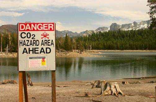 Horseshoe-Lake-California
