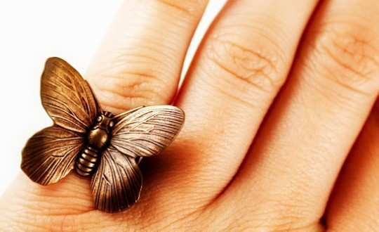 bronze-butterfly-ring