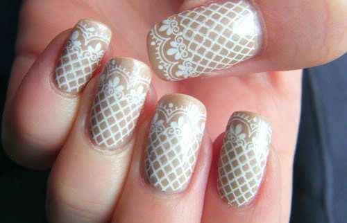 girlish-lace-nails