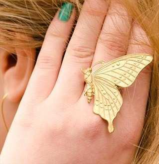 golden-butterfly-ring