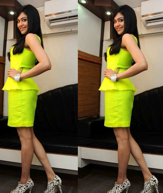 neon-style-with-bollywood-27