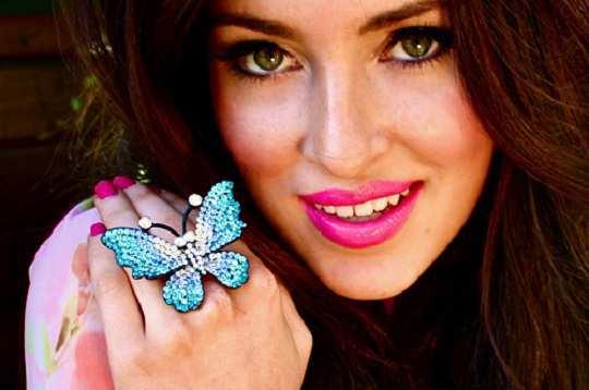 ravishing-blue-butterfly-ring