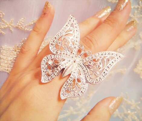 silver-butterfly-ring