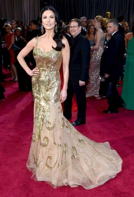 Catherine-Zeta-Jones-at-Oscars-2013