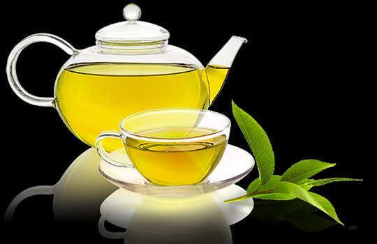 eyelashes-home-remedies-green-tea