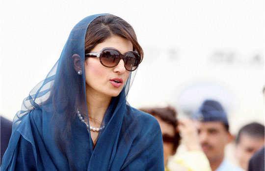 gorgeous-female-politicians-1