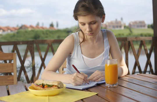 loose-weight-in-easy-ways-note-down-eating-habits