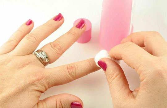manicure-diy-step-1