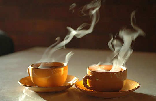 menstruation-pain-home-remedies-hot-liquids