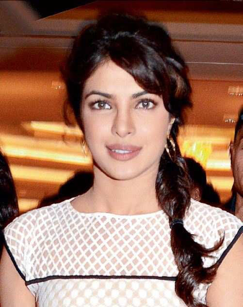 priyanka-in-messy-and-casual-plait.