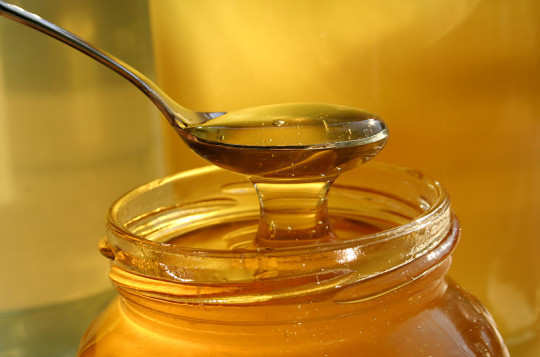 raw-honey-for-pink-eyes