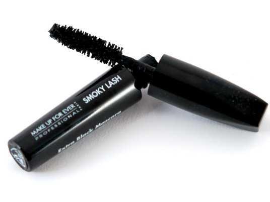 Make-Up-For-Ever-Smoky-Lash-Mascara