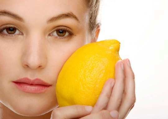citric-acid-use-for-Acne-prone-Skin