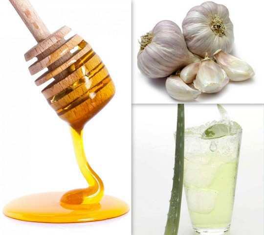 honey-garlic-and-aloe-vera-juice