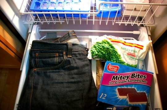 jeans-in-the-freezer