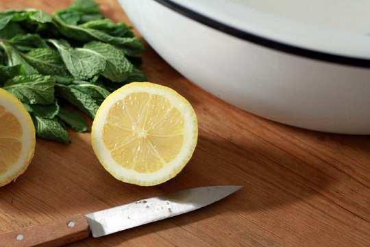 lemon-in-milk-foot-spa