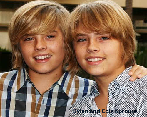 non-identical-twins-holyllwood-2