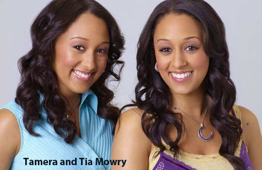 non-identical-twins-holyllwood-6