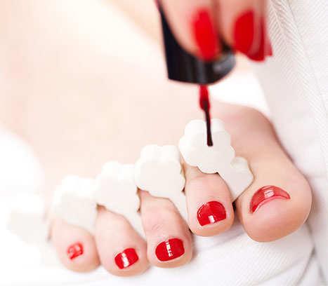 painting-toe-nails