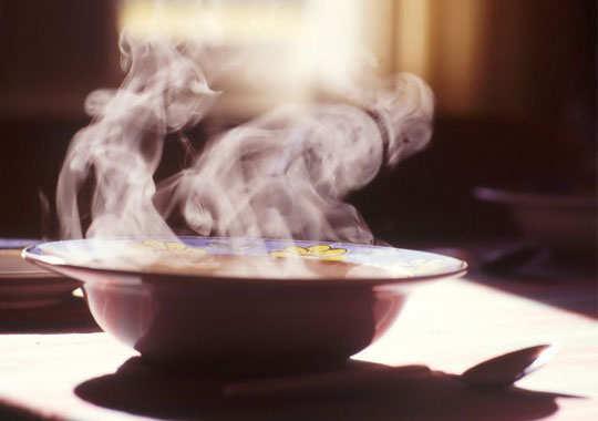 sinus-headache-home-remedies-warm-soup