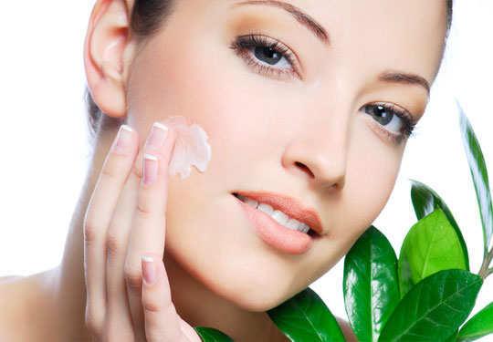 skin-care-routine-moisturize-4