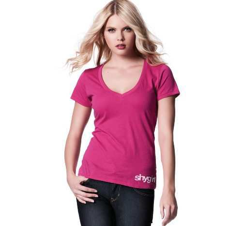 v-neck-t-shirt-pink