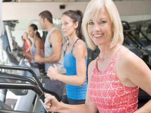 women-on-treadmill