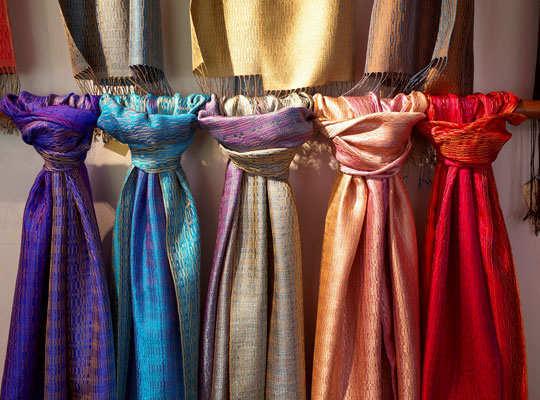 bangkok-shopping-silk-3