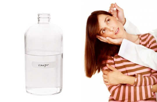 ear-pain-home-remedies-white-vinegar