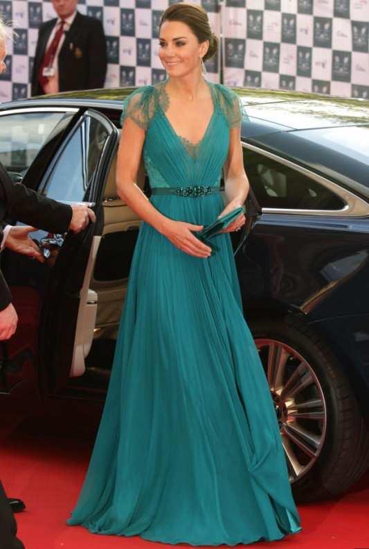 kate-middleton-blue-gown1