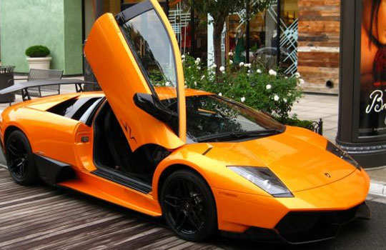 luxurious-cars-bollywood-celebs-amitabh-2