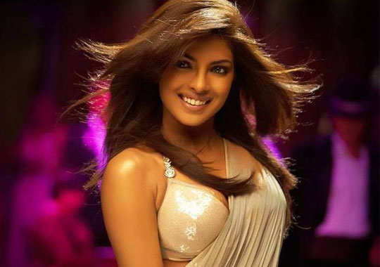 super-cool-bollywood-celebs-weird-obsessions-3