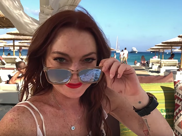 selfie picture from Lindsay Lohan