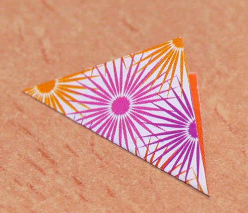 origami-earrings-diy-things-step-1