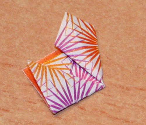 origami-earrings-diy-things-step-5-b