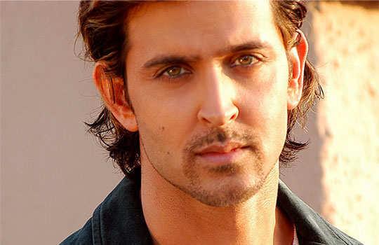 stars-who-turned-singers-bollywood-hrithik-roshan